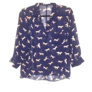 Blouse with horses and front pocket